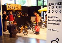 toxy_liegerad_eurobike_06_stand.3.jpg