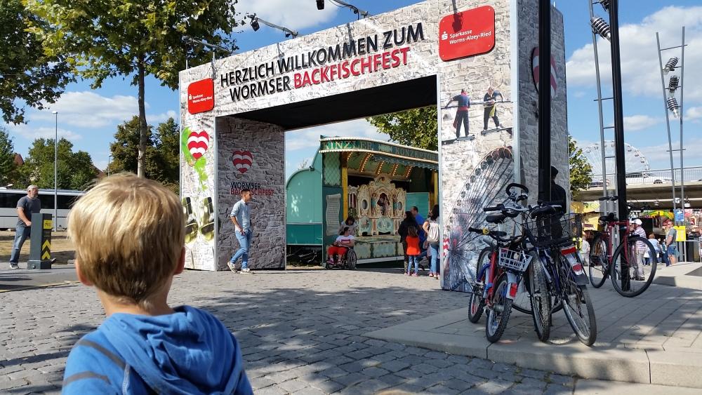 2018-09-01-3-auf-dem-wormser-backfischfest.jpg