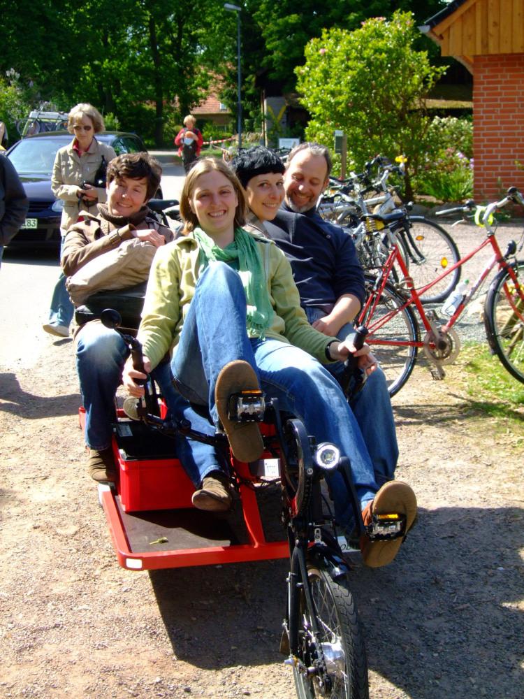 trimobil-fahrrad-taxi.jpg