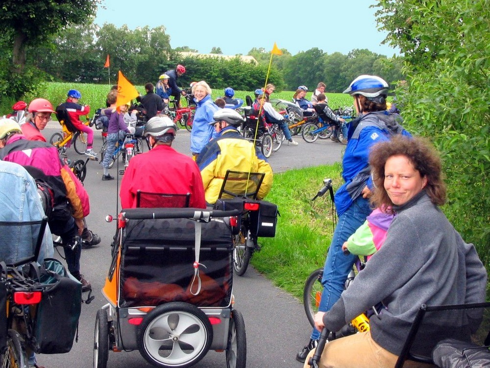 toxy_recumbent_fest-queue.3.jpg