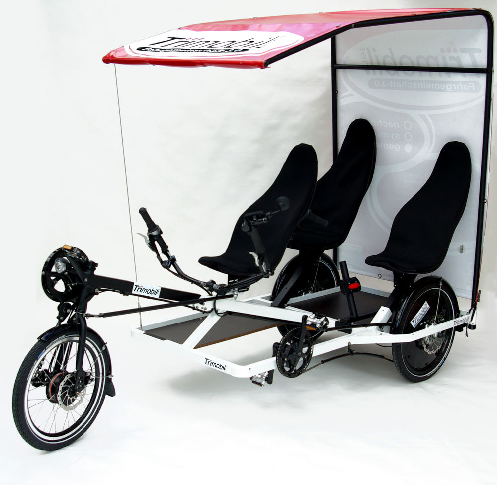 trimobil-e.shuttle_trike_with-advertising-roof_front.jpg