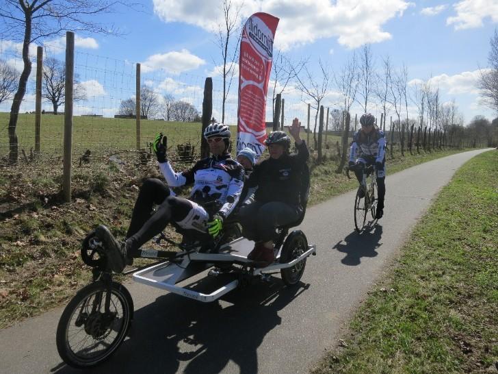 rund-hamfelde_auf_helmuts-fahrrad-seiten.de.JPG