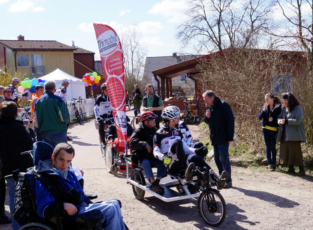 trimobiltherapie-dreiradbehinderunginklusionradrennenhamfelder-hofstart.jpg